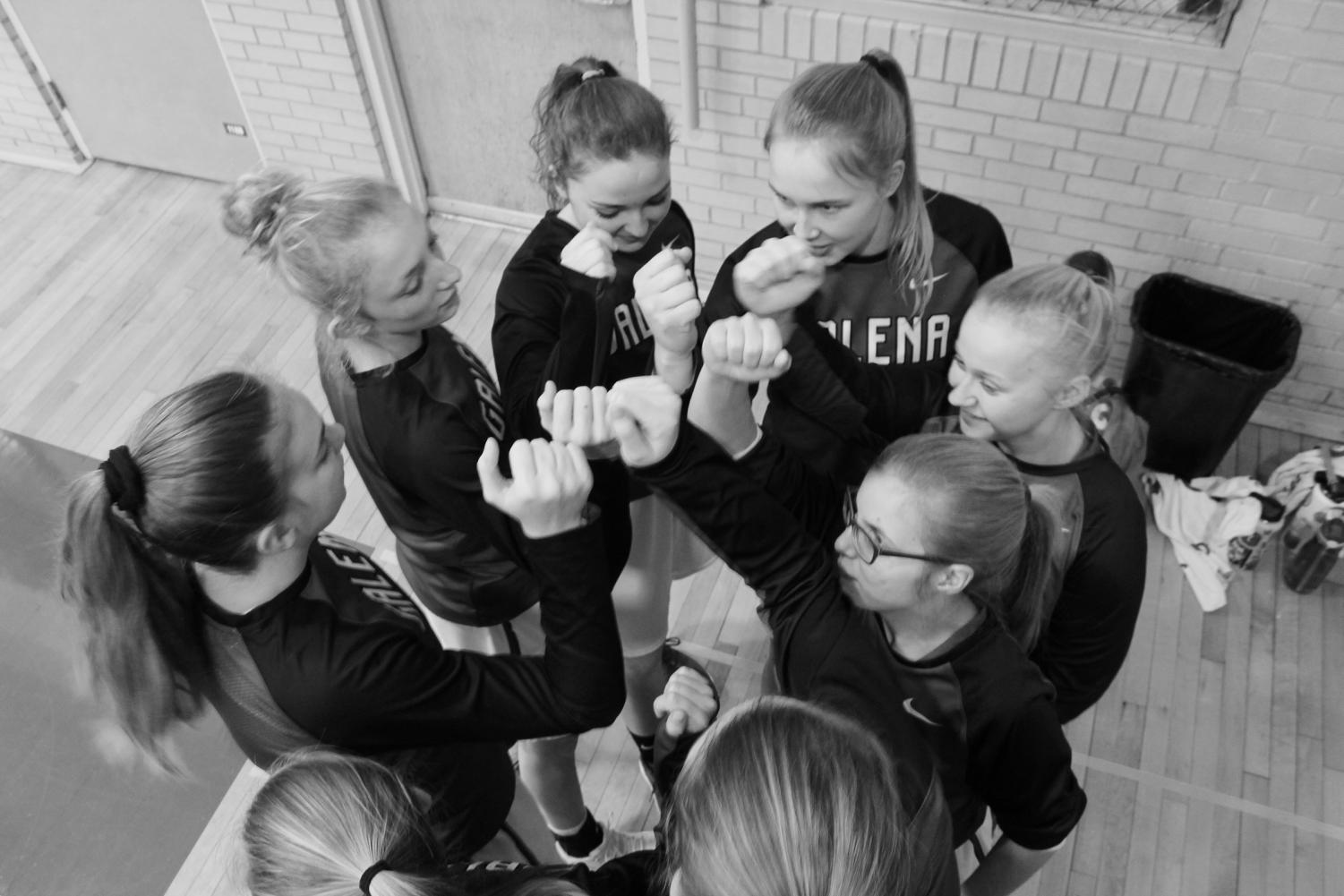 """Pirates on three...1...2...3...Pirates!"" Corrina Noble '21, Maggie Furlong '22, Gracie Wubben '20, Sami Wasmund '20, Alexa Haase '20, and Anna Walburg '19 get go over their game plan before getting ready to run out for warm ups. The Pirates prepare like this before every game. ""Having our team talks before each game get me really pumped to play,"" said point guard, Maggie Furlong."