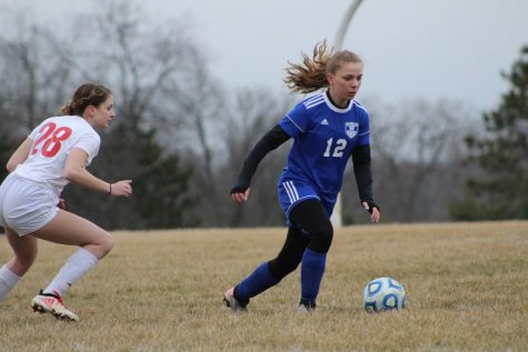 Lady Pirates face down Warriors